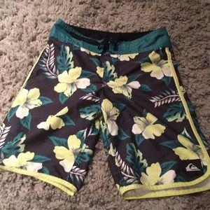 Quicksilver swim shorts with Hawaiian flowers!